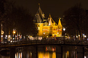 Ann Garrett - The Waag at Night ...