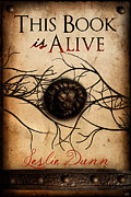 Cheryl Casey Ramirez - This Book is Alive