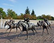 Thoroughbred Park Print by Roger Potts