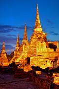 Fototrav Print - Three illuminated pagodas at Wat Phra Si Sanphet Ayutthaya