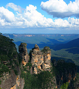 Justin Woodhouse Metal Prints - Three Sisters in the Blue Mountains Metal Print by Justin Woodhouse