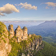 Sisters Photo Framed Prints - Three Sisters Katoomba Australia Framed Print by Colin and Linda McKie
