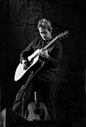 Tim Reynolds Posters - Tim Reynolds on Guitar Black and White Poster by The  Vault