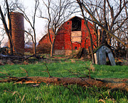 Red Farmhouse Prints - Timeless-color-barns Print by Tom Druin