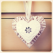 Ribbon Prints - Tin  and wicker heart retro Print by Jane Rix