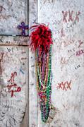 Kathleen K Parker - Tomb of Marie Laveau New Orleans