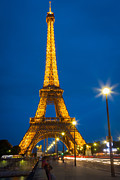 Inge Johnsson Framed Prints - Tour Eiffel de Nuit Framed Print by Inge Johnsson