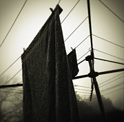 Clothesline Framed Prints - Towels  Framed Print by Les Cunliffe