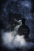 Ethiriel  Photography - Train In Mist