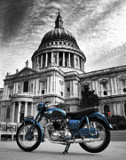 Triumph Prints - Triumph Thunderbird at St Pauls Cathedral Print by Mark Rogan