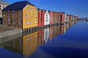 Spiegeln Framed Prints - Trondheim at morning Framed Print by Reinhard Pantke