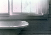 Lyle Crump - Tub By The Window C2