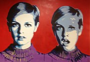 Twiggy Pop Art Paintings - Twiggy Two Face by Grant  Swinney