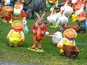 Ion vincent DAnu - Two Joyous Gnomes and a Weird Hare