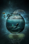 Surrealism Digital Art Metal Prints - Two lost souls swimming in a fishbowl Metal Print by Erik Brede