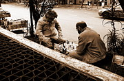 Gonzalo Teran - Two men playing chess