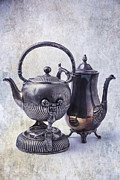 Garry Gay - Two Old Teapots