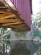 Terrilee Walton-Smith - Under the Covered Bridge