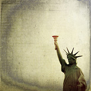 Lady Liberty Art - Understanding Liberty by Trish Mistric