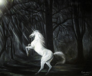 Farm Team Paintings - Unicorn in forest by S Prapanthawee