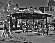 Union Square Prints - Union Square Subway Entrance Print by Richard  Ritter