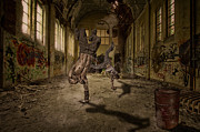 Break Dance Prints - Urban HipHop Print by Erik Brede