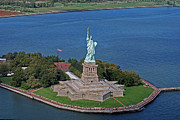 Helicopter Tapestries Textiles Framed Prints - USA Statue of Liberty Framed Print by Lars Ruecker