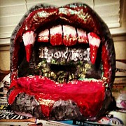 Paper Mache Sculptures - Vampire Tip Mouth by Sable Davenport