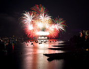 Vancouver Photo Prints - Vancouver Fireworks 9 Print by Terry Elniski