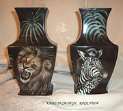 Tiger Ceramics - Vases with animals back side by Patricia Rachidi