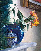 Interior Still Life Paintings - Vaso Blu E Fiore Arancione by Danka Weitzen