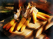Vegetable - Corn On The Cob At Outdoor Market Print by Susan Savad