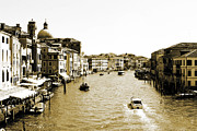 Venedig Photos - Venedig by Harry Elxapu