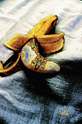 Ginette Fine Art LLC Ginette Callaway - Venetian Banana