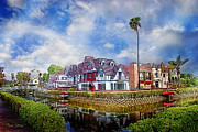 Horizontal - Venice Canal Homes by Chuck Staley
