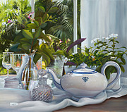 Interior Still Life Paintings - Vetri Vicini by Danka Weitzen