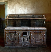 Pantry Photos - Victorian Hotel Stove by Daniel Hagerman