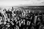 Manhatan Prints - View North East Of Manhattan Queens East River From Empire State Building Print by Joe Fox