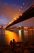 Brooklyn Bridge Prints - View of the Brooklyn Bridge at sunset Print by Jetson Nguyen