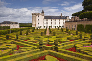 Julian Elliott - Villandry chateau and...