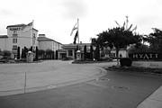 Wingsdomain Art and Photography - Vineyard Creek Hyatt Hotel Santa Rosa California 5D25789 bw