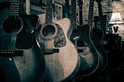 Lynn Palmer - Vintage Acoustic Guitars