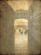 Patricia Hofmeester - Vintage Bridge of sighs