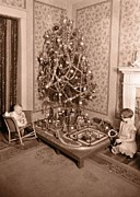 Christmas Card Photos - Vintage Christmas Tree Card by Edward Fielding