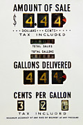Jelle Van der Wolf - Vintage gas pump