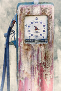Fill Posters - Vintage Gaspump Poster by Erik Brede