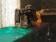 Machine Art - Vintage Sewing Machine Near Window by Susan Savad