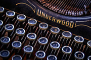 Underwood Typewriter Framed Prints - Vintage Typewriter 2 Framed Print by Scott Norris