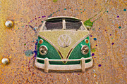 Vw Squareback Framed Prints - VW Bus on Metal Framed Print by Steve McKinzie