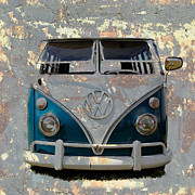Vw Squareback Framed Prints - VW Safari Bus Framed Print by Steve McKinzie